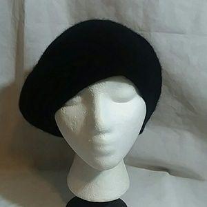 Nordstrom 100% Cashmere Black Beret Hat